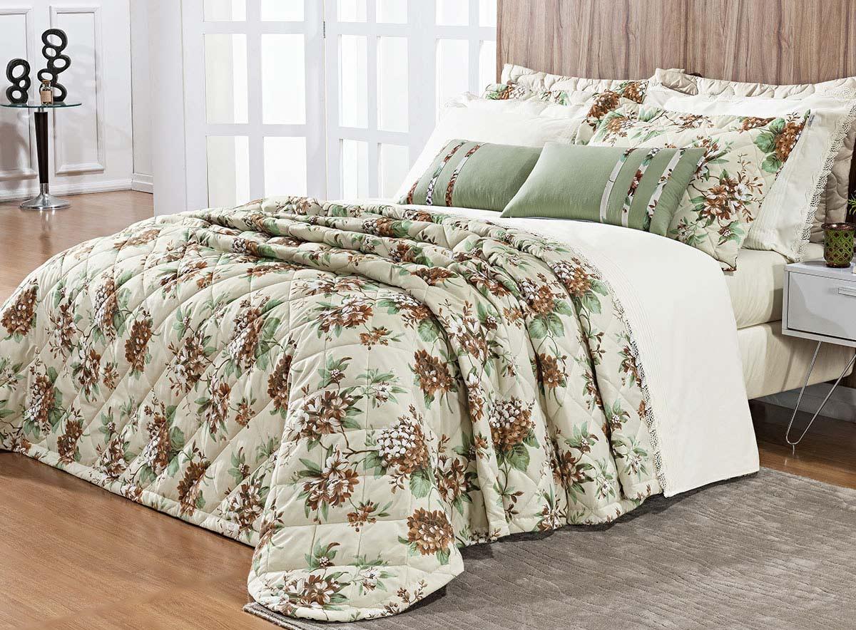 Kit Colcha Allegra King Floral cor Verde com Palha com 7 peças