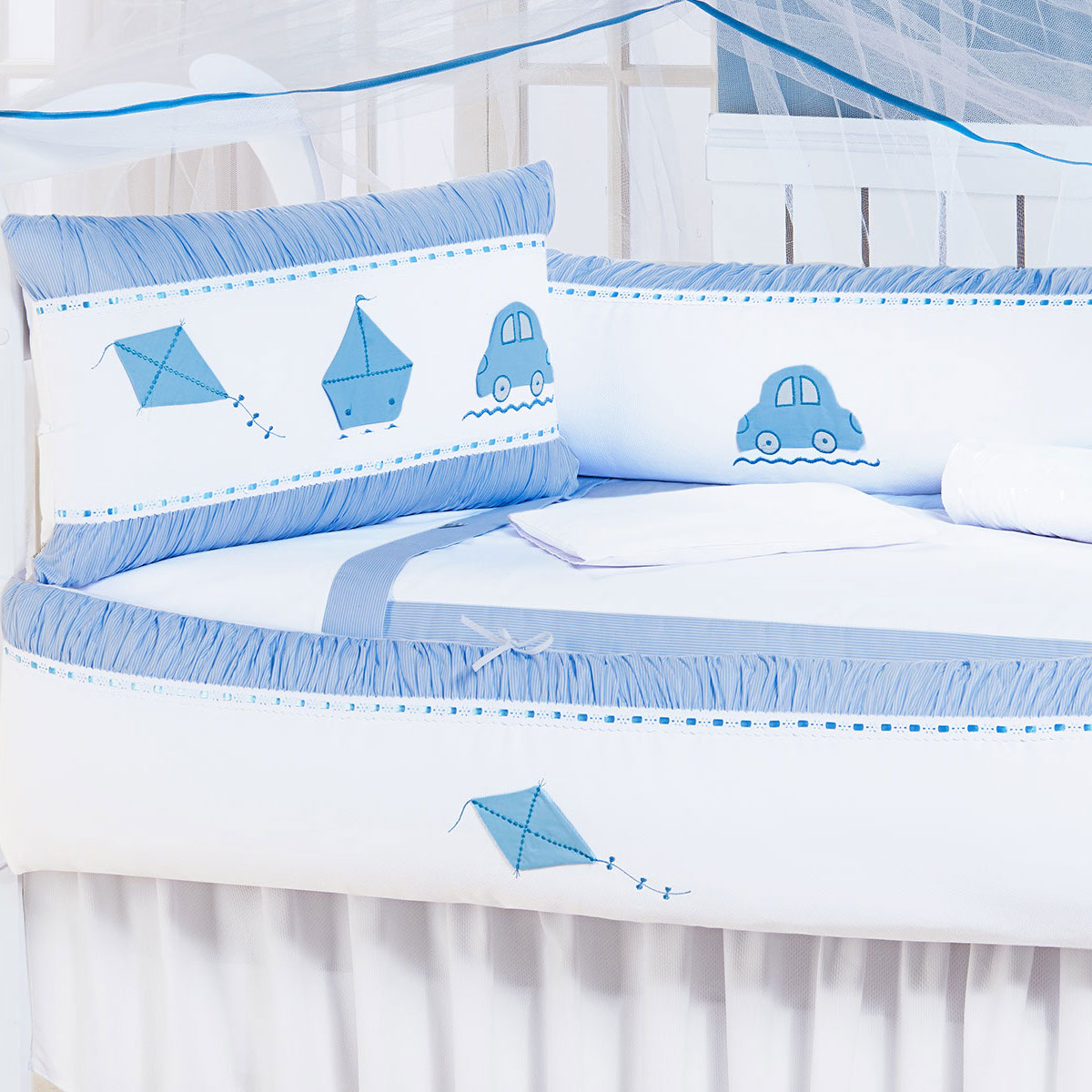Kit Enxoval / Berço Bebê Sonho de Menino Azul e Branco com 9 peças Algodão