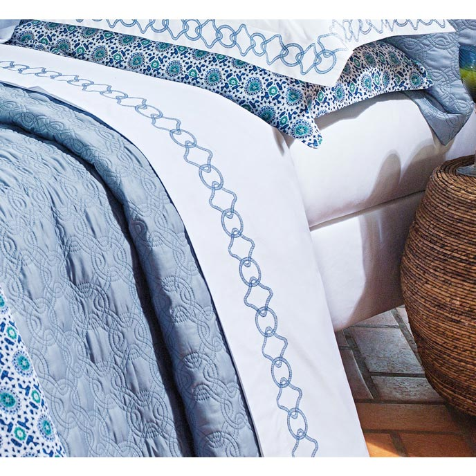 Roupa de Cama / Lençol Livorno Queen em Fio Egipicio Percal 400 fios cor Azul e Branco com 4 peças