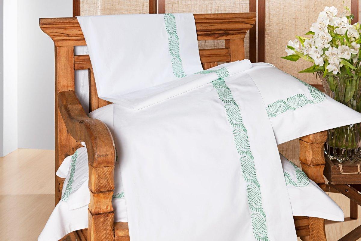 Roupa / Lençol de Cama Queen Branco com Verde Percal 200 fios com 4 peças - Jogo de Lençol Louise