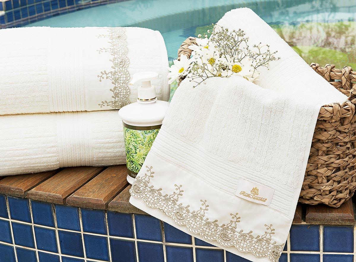 Toalhas de Banho Gigante Capri cor Palha Caqui com 5 peças