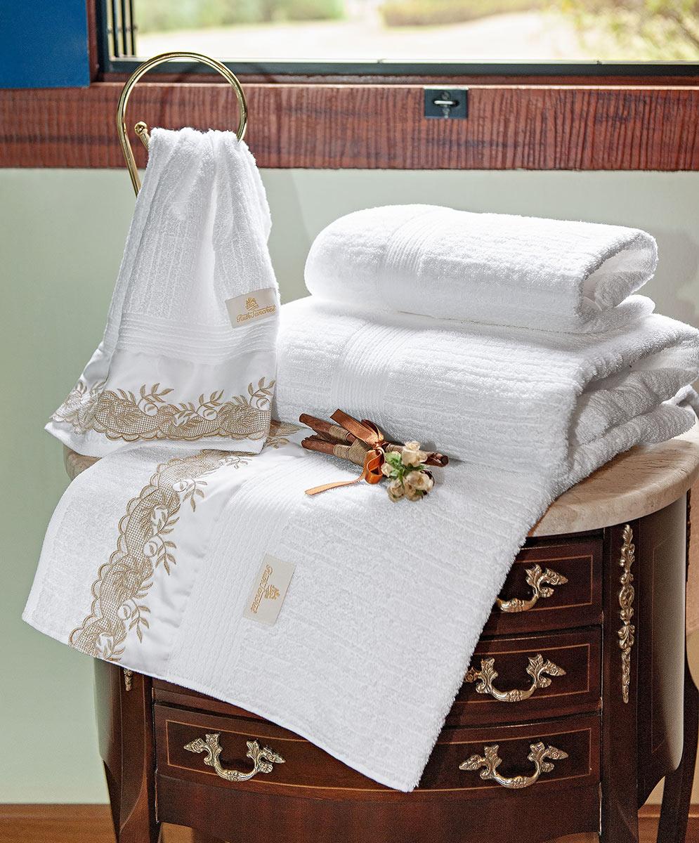 Toalhas de Banho Gigante Chiesa cor Branco e Dourado com 5 peças