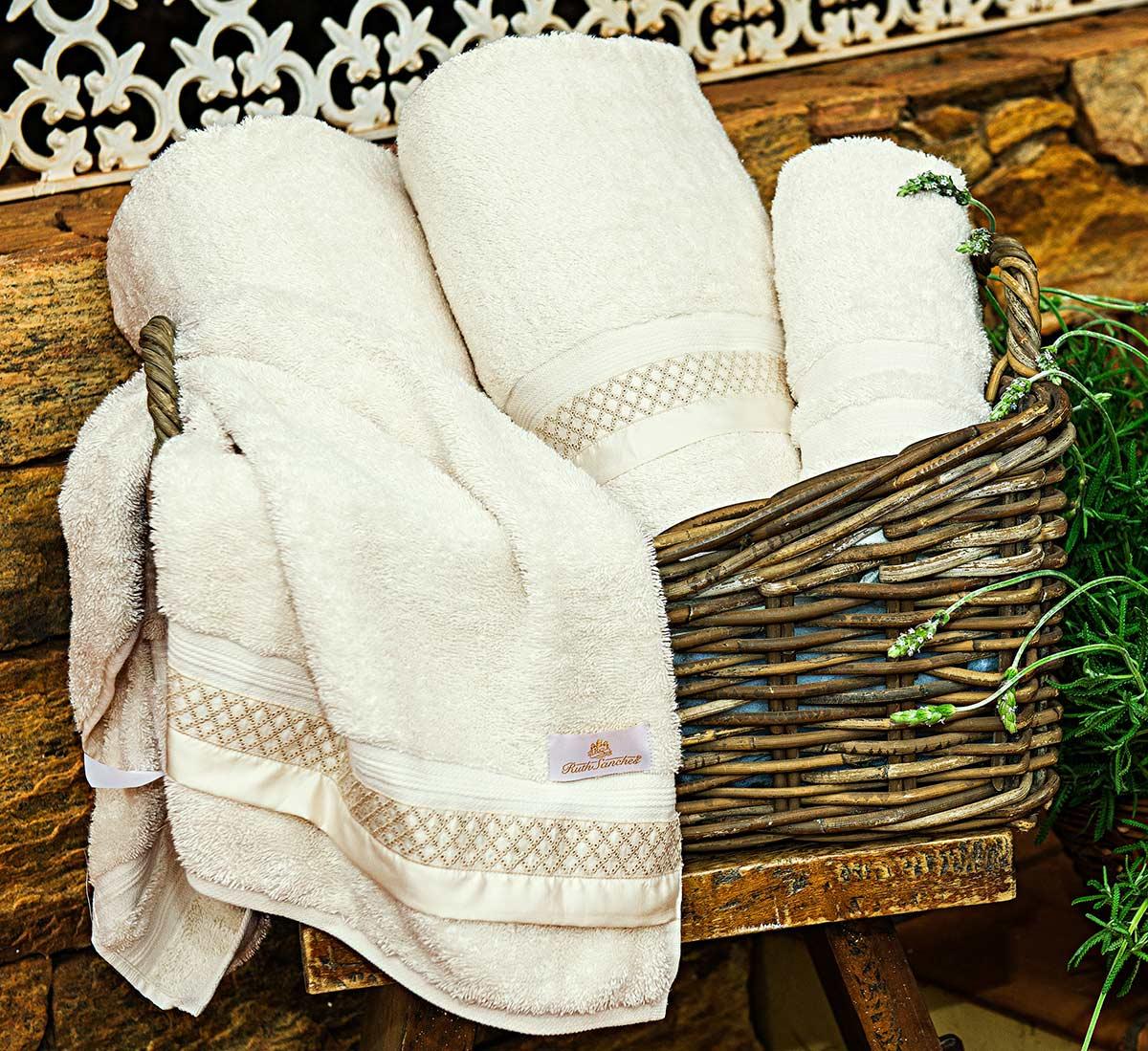 Toalhas de Banho Gigante Sempione cor Palha com 5 peças