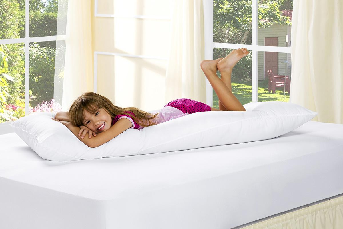 Travesseiro Grande Branco com 1 peças tecido Poliester - Travesseiro Corpo Rafaela