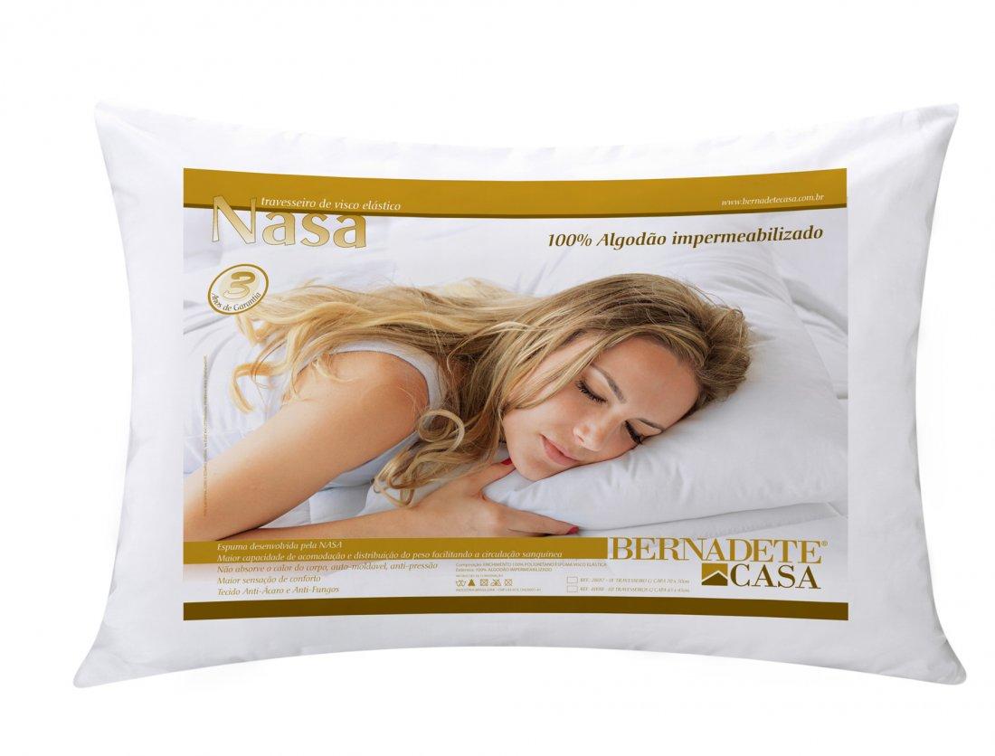 Travesseiro Nasa com Capa Impermeanilizafa em Algodao e Espuma Visco Elastico (70cm x 50cm) 01 peça - Travesseiro Nasa