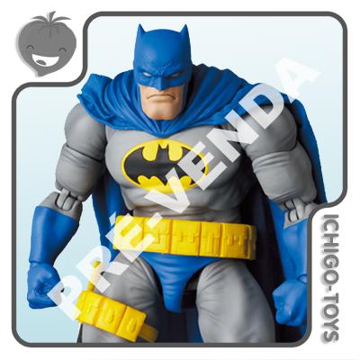 PRÉ-VENDA 31/01/2022 (VALOR TOTAL R$ 1.312,00 - 10% PARA RESERVA*) Mafex 139 - Batman Blue Ver. and Robin (Carrie Kelley) - Frank Miller