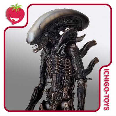 Revoltech Sci-Fi 001 - Alien - Aliens  - Ichigo-Toys Colecionáveis