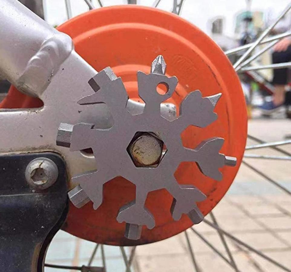 Chave de Fenda Chaveiro Ferramenta Universal 18 em 1 Modelo Flocos de Neve  - Unicar