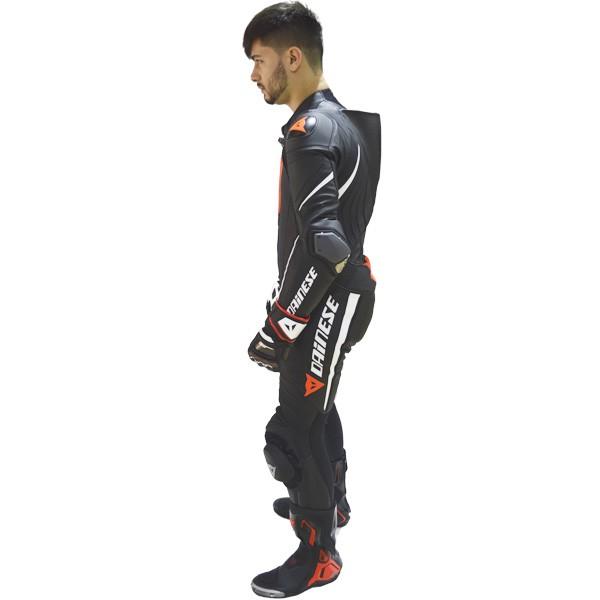 (BLACK FRIDAY) MACACÃO DAINESE LAGUNA SECA D1 PERF SUIT PRETO COM BRANCO !  - Motosports