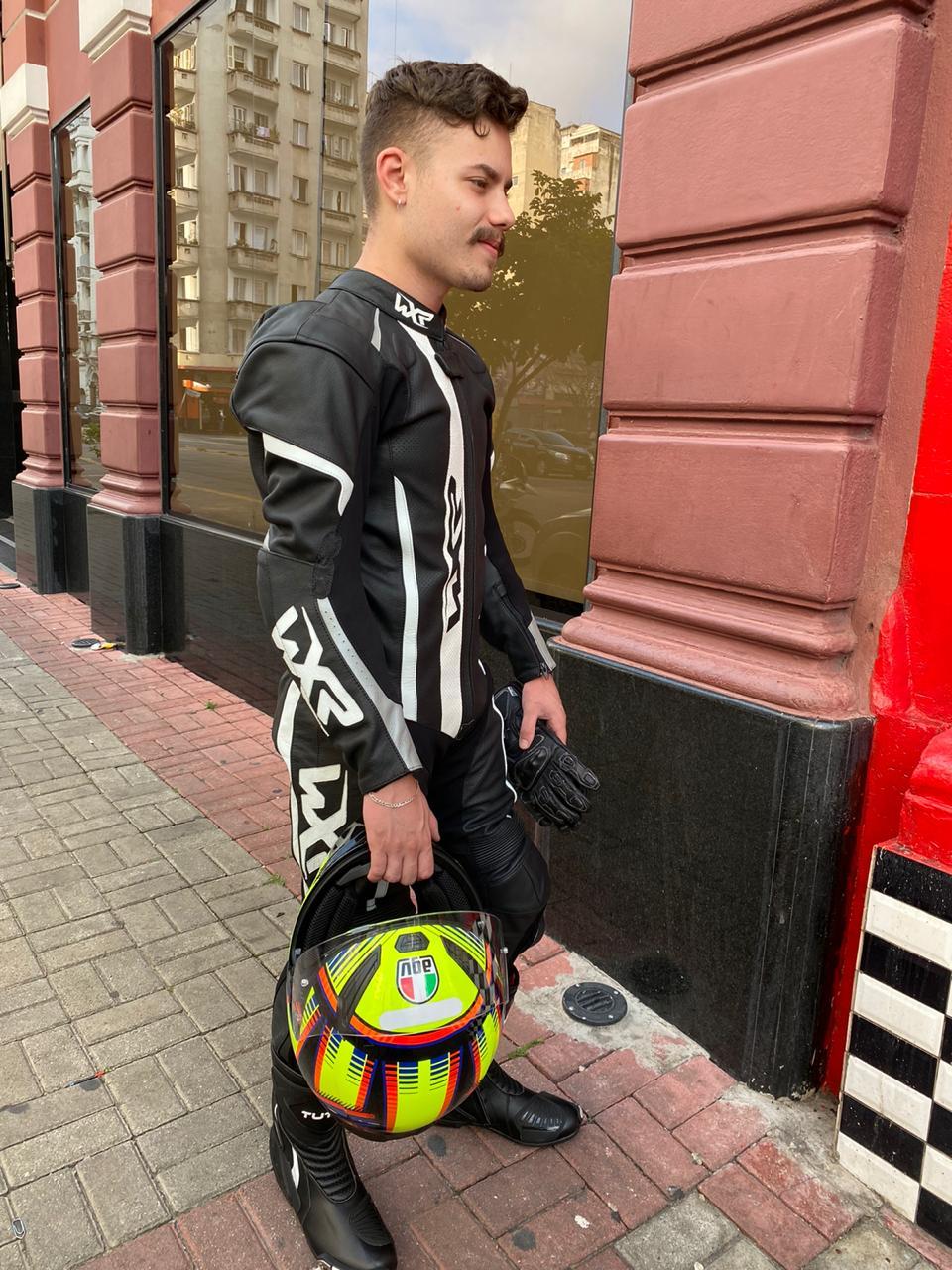 MACACÃO WXR 1 PEÇA PRETO/ BRANCO LANÇAMENTO !  - Motosports