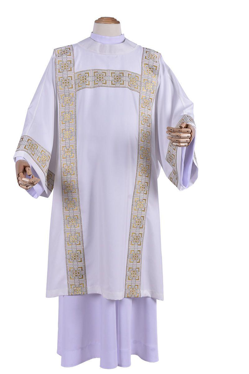 Caritas Dalmatic DA138