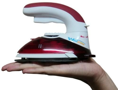 Mini Ferro a Vapor Bivolt para Quilting e Patchwork