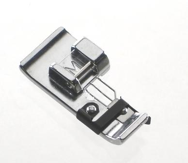 Calcador Janome (M) para Ponto tipo Overlock Duplo