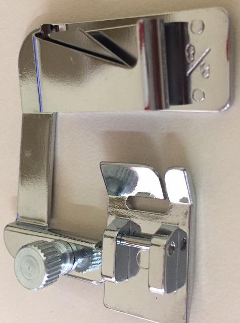 Calcador (Sapata) para Fazer Bainha Barra de 8/8 - 25mm