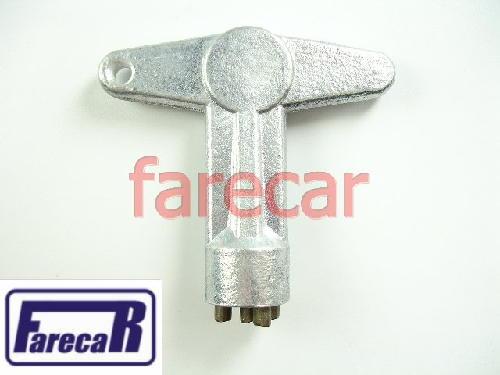 Kit de Chave de Metal e 4 Parafuso da Calota central Gm Vectra Corsa Omega Scenic Clio   - Farecar Comercio