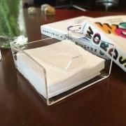 CF05-Porta Guardanapo pequeno com apoio