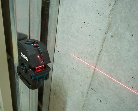 Nível a Laser SK104Z - Makita  - COLAR