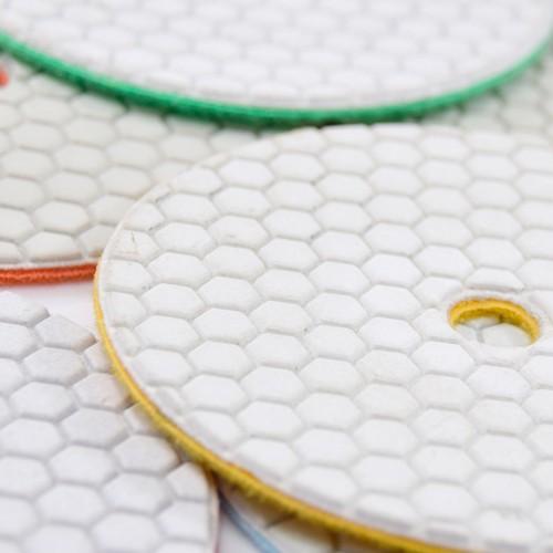 Disco de Polimento Flexível Para Mármores, Granitos e Pedras Ornamentais Dry Flex Branco 125mm - CH  - COLAR