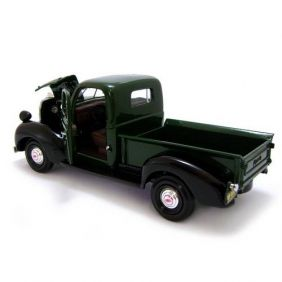 1941 Plymouth Pickup - Escala 1:24 - Motormax