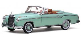 1958 Mercedes Benz 220SE Cabriolet Convertible - 1:18 - Sun Star