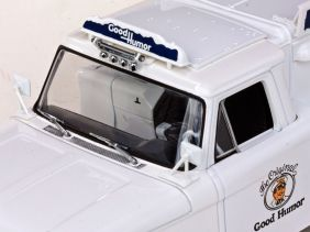 1965 Ford F-100 Pickup - Good Humor Ice Cream - Escala 1:18 - Sun Star