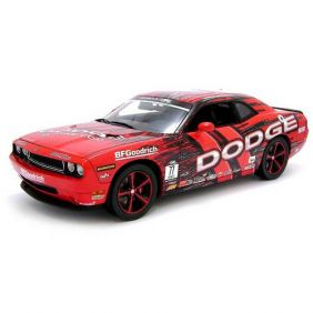 2010 Dodge Challenger SRT8 Drift Car - Escala 1:18 - Highway 61