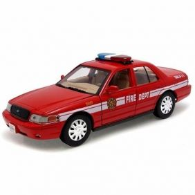 2007 Ford Crown Victoria - Fire Chief - Escala 1:24- Motormax