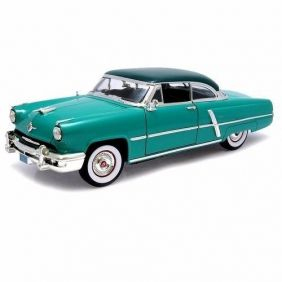 1952 Lincoln Capri - Escala 1:18 - Yat Ming
