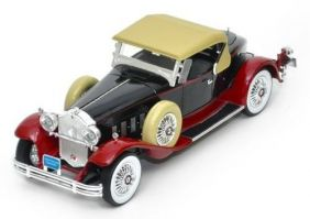 1930 Packard Eight 734 Speedster - Escala 1:18 - Signature Models