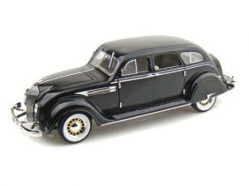 1936 Chrysler Airflow - Escala 1:18 - Signature Models