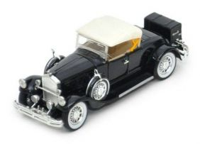 1930 Pierce-Arrow Model B - Escala 1:32 - Signature Models