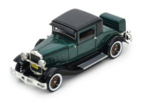 1930 Hudson Great Eight - Escala 1:32 - Signature Models