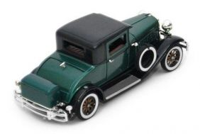 1930 Hudson Great Eight - Escala 1:32 - Signature Models