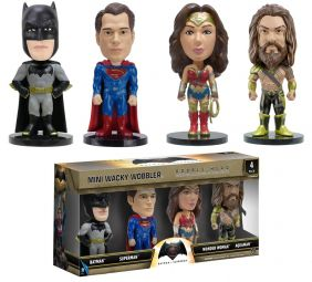 Batman VS Superman - Funko Mini Wacky Wobbler