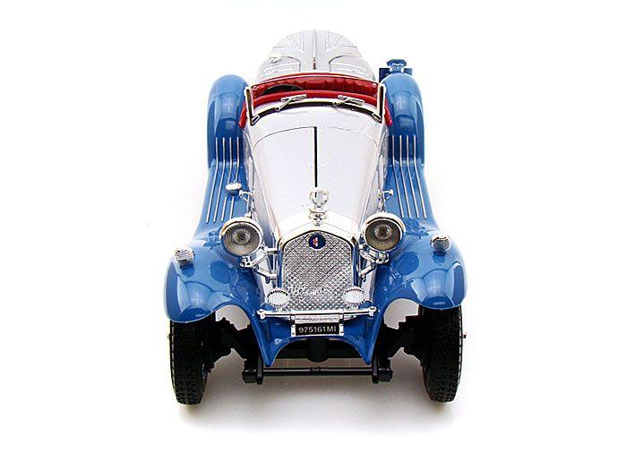 1932 Alfa Romeo Spider Touring - Escala 1:18 - Bburago