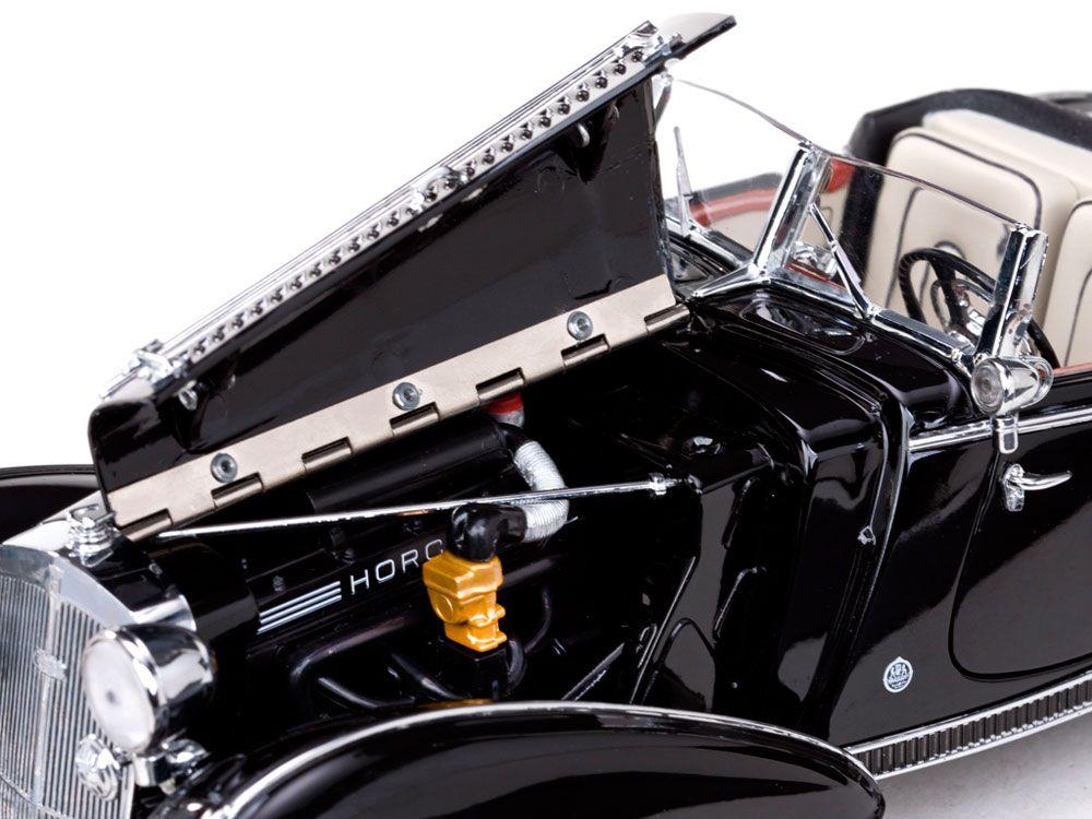 1939 Horch 855 Roadster - Escala 1:18 - Sun Star