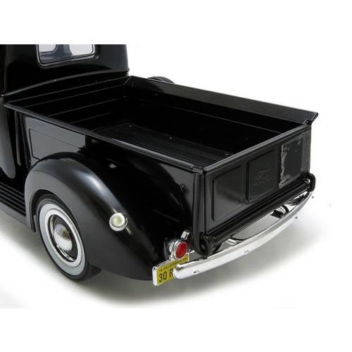 1940 Ford Pickup - Escala 1:18 - Motormax