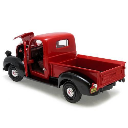 1941 Plymouth Pickup - Escala 1:24 - Motormax