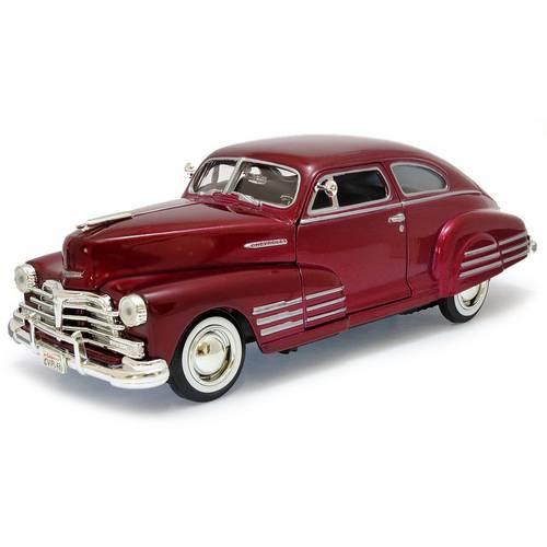 1948 Chevrolet Aerosedan Fleetline - Escala 1:24 - Motormax