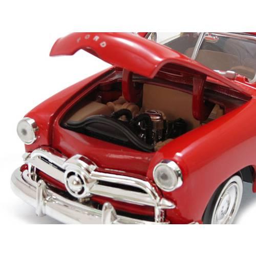 1949 Ford Woody Wagon - Escala 1:24 - Motormax