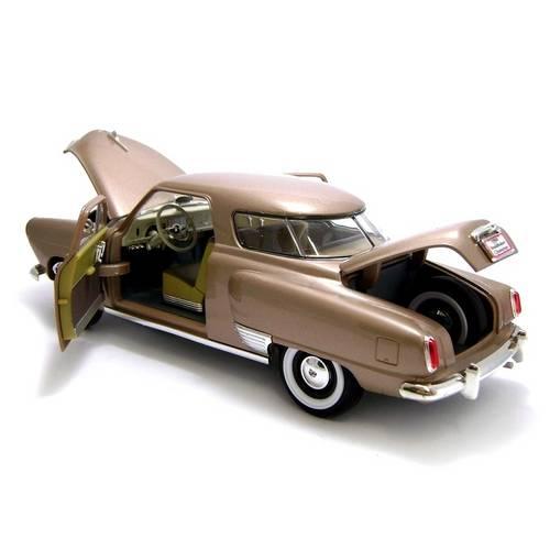 1950 Studebaker Champion - Escala 1:18 - Yat Ming