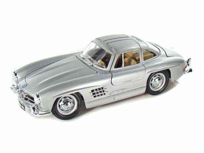 1954 Mercedes-Benz 300SL - Escala 1:24 - Bburago