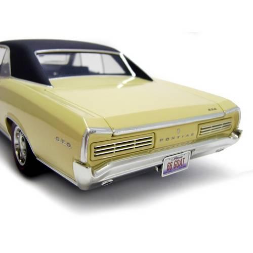 1966 Pontiac GTO Hard Top - Escala 1:18 - Highway 61