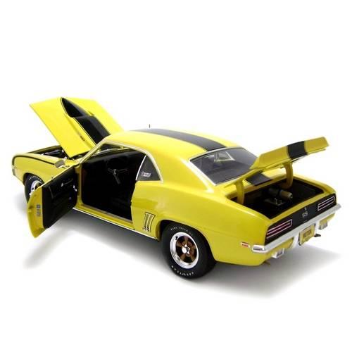 1969 Chevrolet Camaro Baldwin Motion - Escala 1:18 - Highway 61