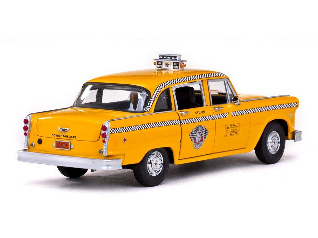 1981 Checker A11 New York Cab Taxi - Escala 1:18 - Sun Star