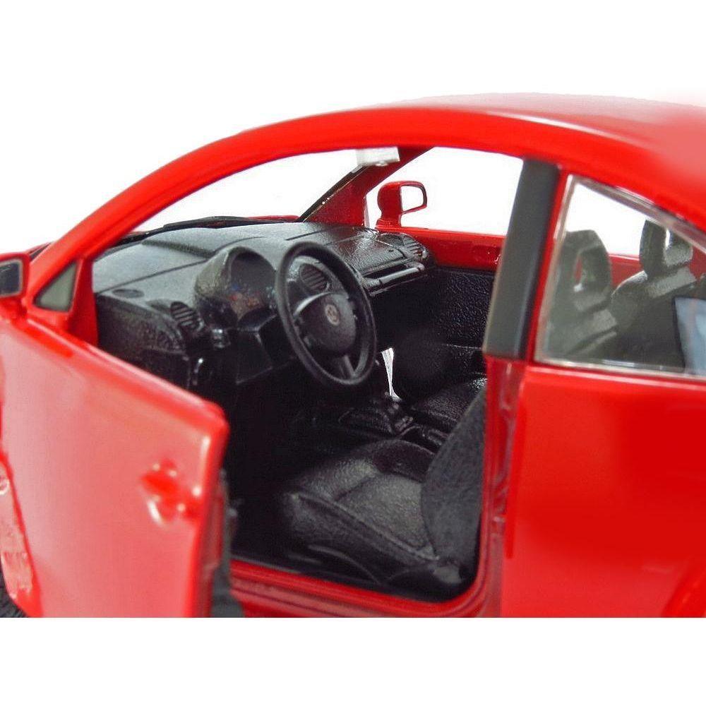1998 Volkwagen New Beetle - Escala 1:24 - Bburago