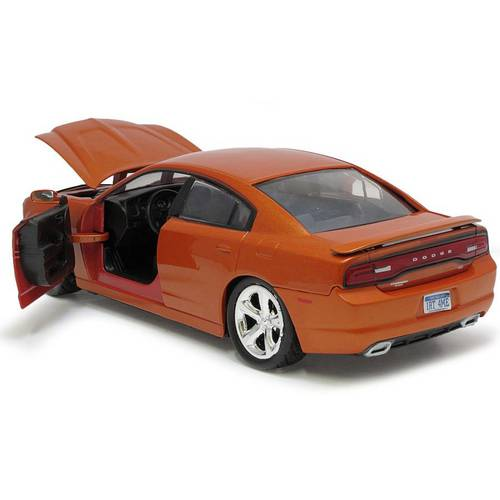 2011 Dodge Charger R/T - Escala 1:24 - Motormax