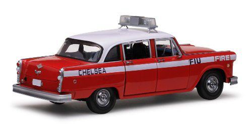 1981 Checker A11 Chelsea Fire Engine - Escala 1:18 - Sun Star
