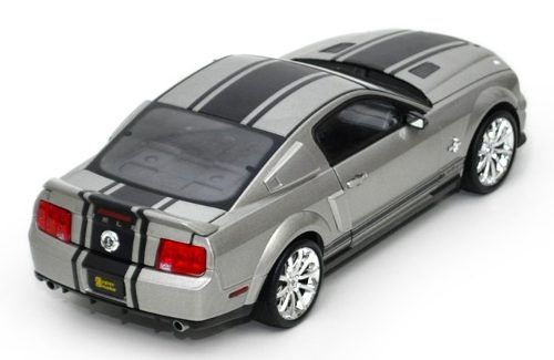 2008 Shelby GT 500 Super Snake - Escala 1:18 - Shelby Collectibles