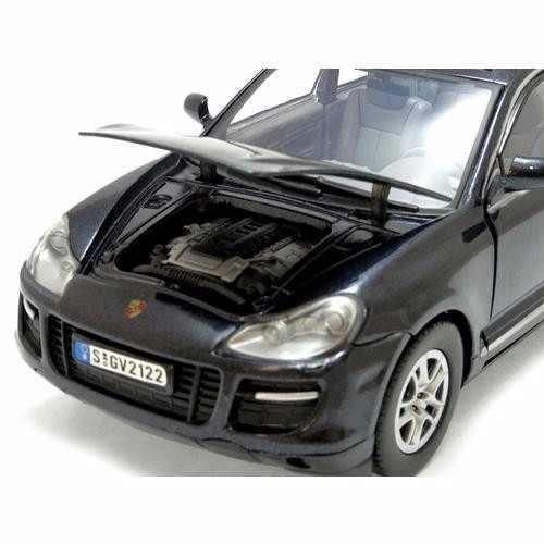 Porsche Cayenne Turbo - Escala 1:24 - Motormax